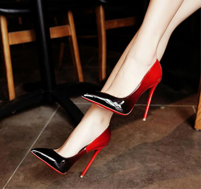 Summer patent leather black and red gradient fine pointed high heels OL High heeled red bottom