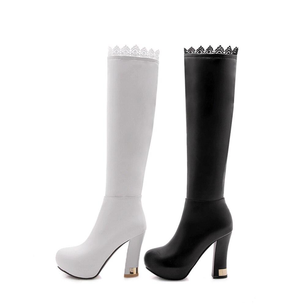 S. الرومانسية النساء على الأحذية في الركبة بالاضافة الى حجم 34 43 الكعوب العالية مربع الإناث مضخات مكتب الأزياء امرأة الأحذية أسود أبيض SB157-في بوت للركبة من أحذية على  مجموعة 2