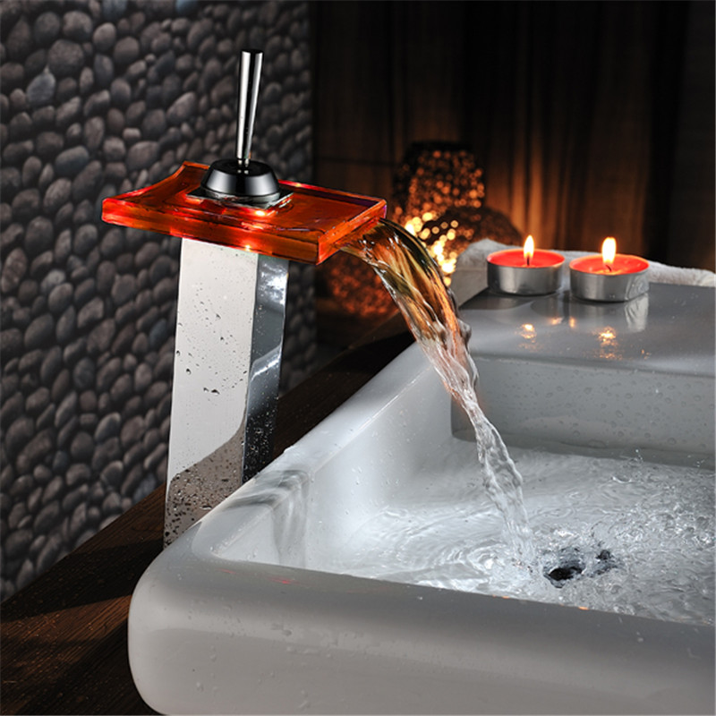 ФОТО Hydraulic LED LIGHT square Glass Waterfall Bathroom Basin FAUCET chrome polished mixer vanity torneira banheiro cozinha