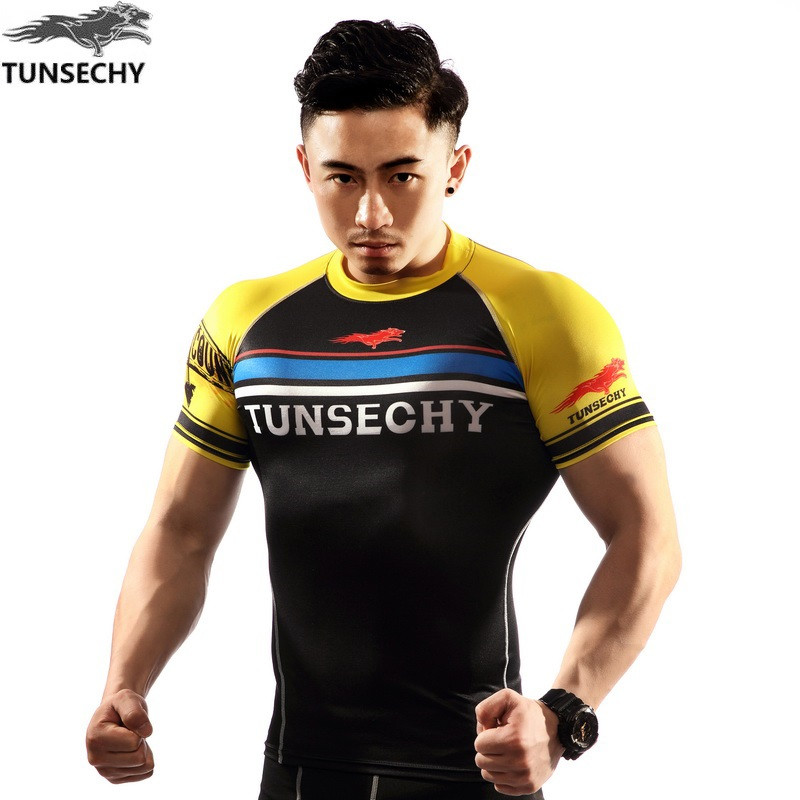 TUNSECHY 2017 summer brand fashion and fitness man digital printing tight short-sleeved compressed T-shirt free shipping