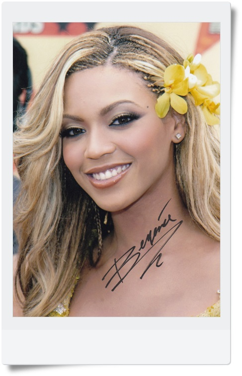 signed Beyonce autographed photo 7 inches free shipping  09201702 beyonce beyonce cd dvd
