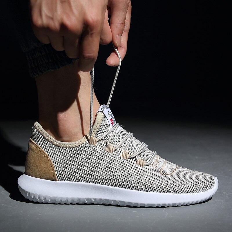 Los hombres Zapatos de deporte 2018 moda Zapatillas hombres zapatos más tamaño luz de malla cómodo hombre Zapatillas Hombre zapatillas adultas hombres
