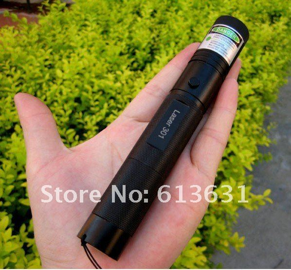 2018 The latest Green laser pointer 20000mw  20w high power 532nm focusable can burn match,burn cigarettes,pop balloon,