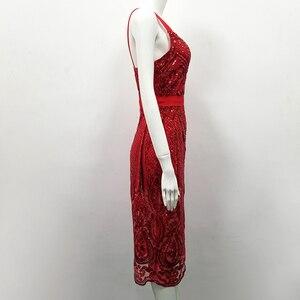 Image 5 - 높은 품질 섹시 민소매 장식 조각 빨간 무릎 길이 붕대 드레스 2018 디자이너 패션 드레스 vestido