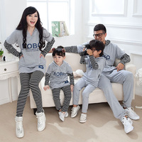 Family look clothing 2017 spring autumn mother and daughter son father matching outfits mom girl clothes stripe couples