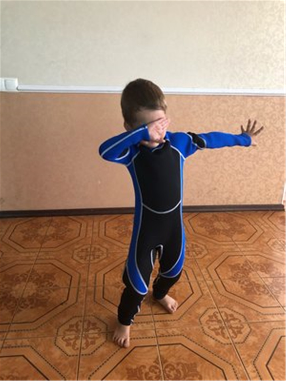 Neoprene Wetsuit For Kids Diving Suits Children Swimwears Long Sleeves Girls Boys Surfing One Piece Snorkeling Rashguard Wetsuit