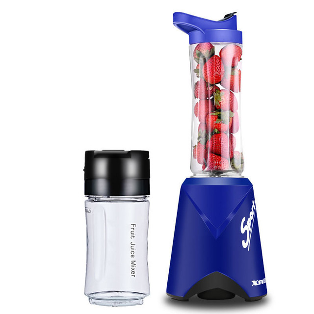 Mini Portable Multi-function Juicer Electric Home Traveling Fruit Juice Mixer 220V Juice Maker