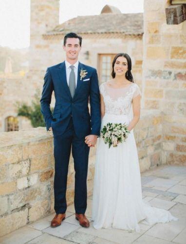 (jacket+pants+Ties) Best New design Dark Blue suits Slim Fit Long Sleeve Business Suits mens blazer mens wedding Tuxedo
