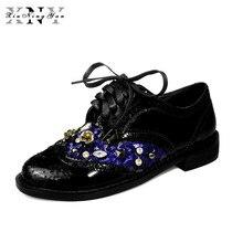 XiuNingYan النساء جلد طبيعي أكسفورد أحذية امرأة الشقق اليدوية Vintage الرجعية الدانتيل يصل المتسكعون حذاء مسطح غير رسمي حجم كبير 43