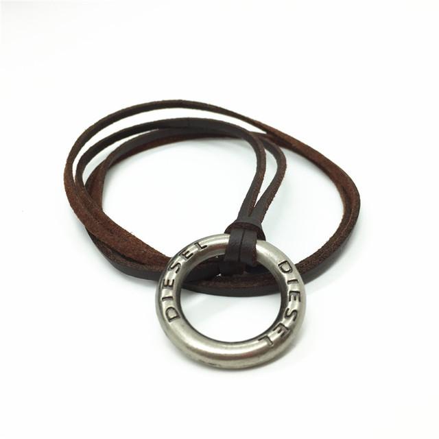 New Wholesale 30pcs/lot Collor Handmade Homme Male Leather Vintage Round Pendants Necklaces For Women Men Jewelry Accessories
