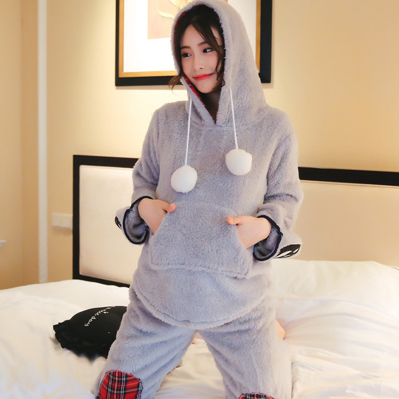 Women Pajamas Sets 2018 Winter Long Sleeve Warm Comfortable Pajamas Sets Female Cute Bear Paw Plaid Patchwork Hooded Sleepwear