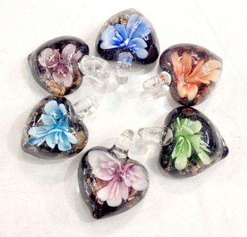 Rất nhiều 50 cái thời trang bên trong flower lampwork murano kính peadant bead tình yêu quà tặng
