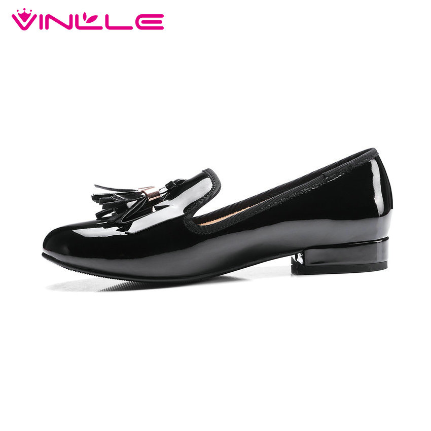 ФОТО VINLLE 2017 Woman Pumps Square Low Heel Patent Leather Spring Autumn Shoes Women Slip on Fashion Tassel Wedding Shoes Size 34-43