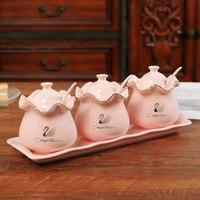 European ceramic seasoning salt pot spice bottle sugar bottle kitchen seasoning box home with cover seasoning jar wx9051723