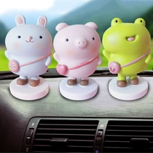 1Pc 2019 Spring Smiling Doll Expression Shaking Head Toys Office Car Decoration Toy Animal Pig/Rabbit/Bear Cute head shaking cute cat style toy for car decoration white
