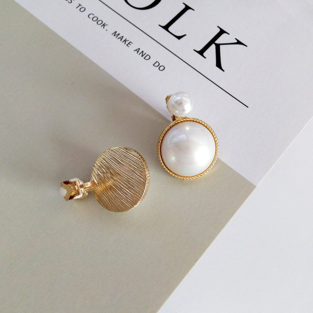 Luxury Vintage Palace Stone Pearl Clips on Earring Without Piercing Forest Elegant Crystal No Ear Hole Ears Clip Earrings Women 5