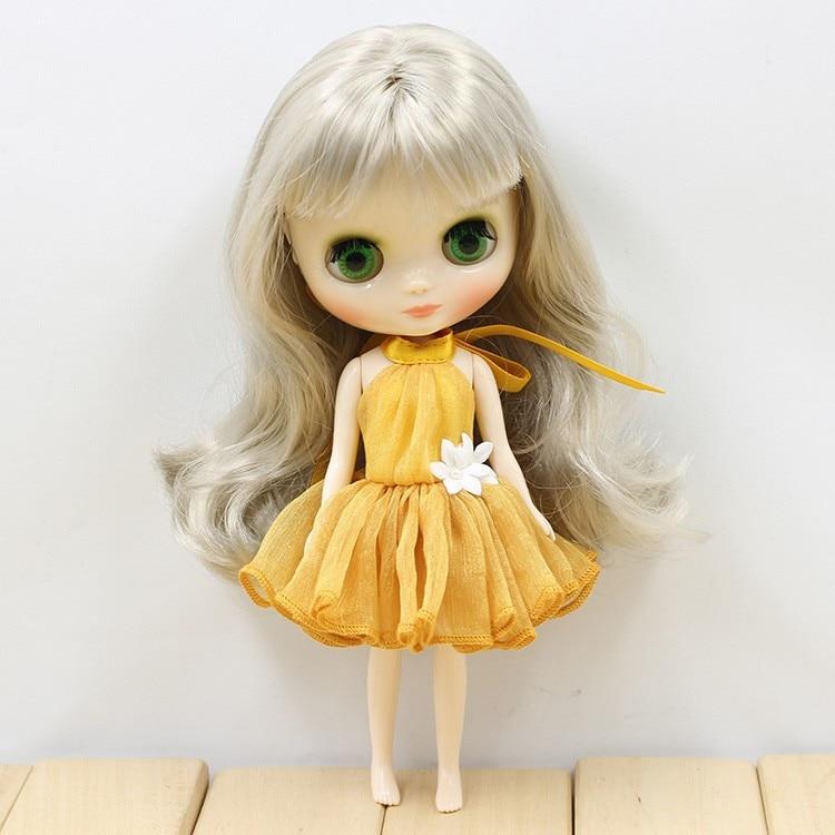 Middie Blythe Doll Colorful Elegant Dresses 8