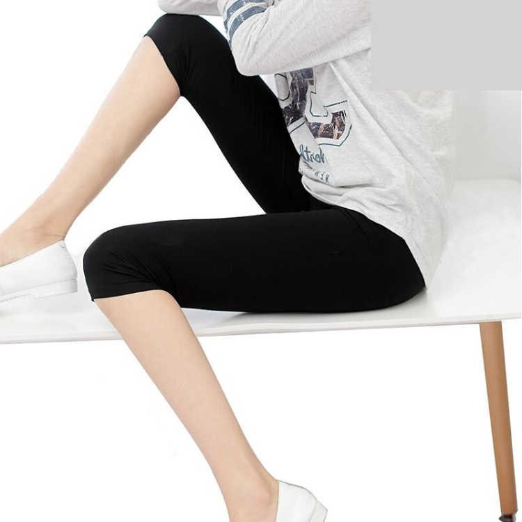 Summer Breathable Leggings Pants Women Plus Size Leggings Mid-Calf Length Stretchy Leggings Cotton Big Elastic Waist Black White