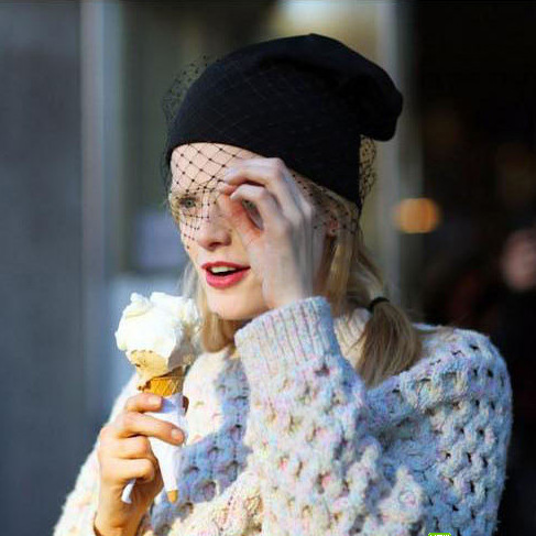 2014 frete grátis Nova Moda Mulheres Meninas Inverno Quente Retro Chapéus Beanie Cap Ski knit Malha véu líquido