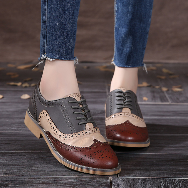 2016 Genuine Leather Shoes Women  Brogues Oxfords Flat Heels Round Toe Handmade Women Casual Shoes Sheepskin Plus Size 42