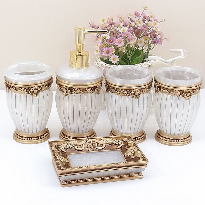 European Creative Bathroom Accessories Ceramic Bathroom Accessories Sets Toothbrush Holder Soap Box Five Pieces