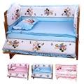 Hot 100*60 CM Do Bebê Conjuntos de Cama Incluem Pillow Bumpers Colchão, Mickey Minnie Mouse Bebê Berço Roupa de Cama Decoração, Conjunto de 5 pcs Em 1