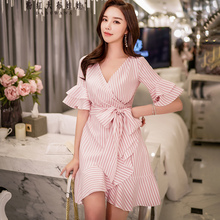 Dubuwawa New Summer Pink Striped Dresses Women Elegant Butterfly Sleeve Bow Beach Holiday D18BDR265