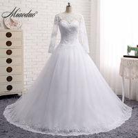 Elegant White Wedding Dresses 2018 Dubai Long Sleeves Arabic Pearls Beaded Ball Gown Wedding Gown Dress Robe de Mariee Custom