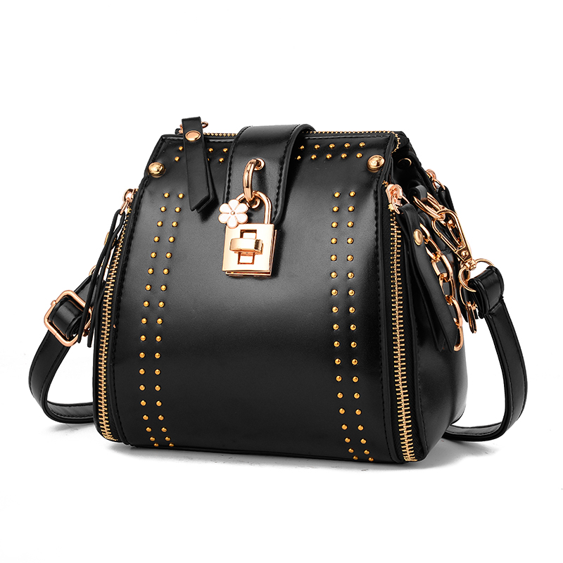 2017 Winter New Rivet Chain Lady Style Shoulder Bag Design Girls Women Handbag Luxury PU Leather Small Female Bucket Bag 842