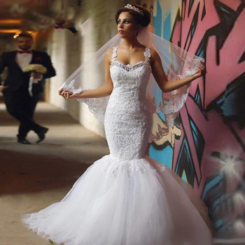 Sexy Spaghetti Straps Mermaid Wedding Dresses 2019 Sweetheart Appliques Lace Illusion Back Sexy Wedding Gowns Bride Dress