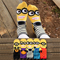 Новая Горячая продать женщины мультфильм носки осень-зима маленький Миньоны мультфильм носки моды для женщин и леди красочные полосатые носки