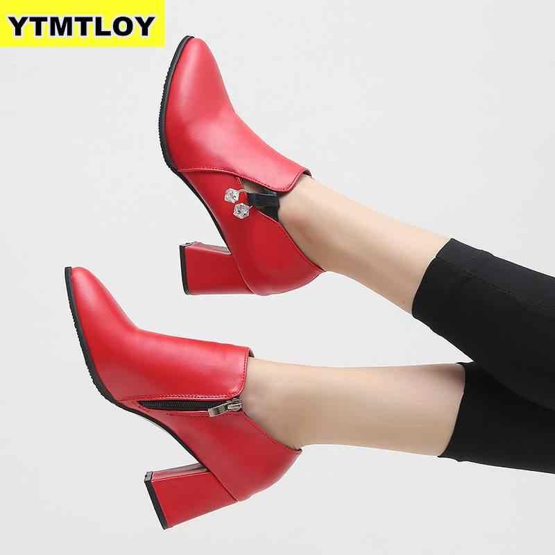 HOT nouveau automne hiver femmes chaussures femme côté fermeture à glissière bout pointu bottes cheville bottes Vintage mode Martin Zapatos De Mujer