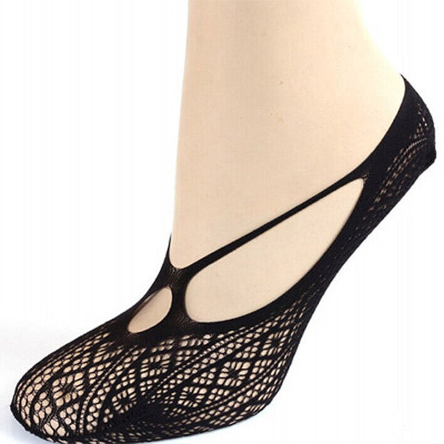 1 pair of Sexy Women Cross Lace No Show Peds Antiskid Invisible Liner Low Cut Socks clothing accessories