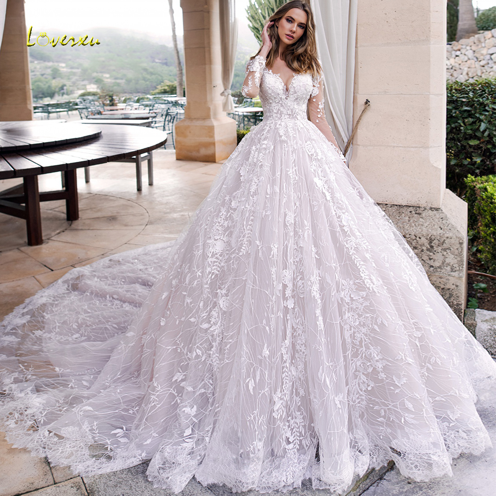Loverxu Scoop A Line Wedding Dresses Chic Appliques Long Sleeve Button Bride Dresses Cathedral Train Lace Bridal Gowns Plus Size