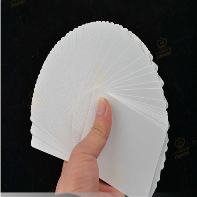 Hot Sale Deck Ultr Thin Flying Cards Magic Tricks Card Vanishing Manipulations Professional Magician Trick Stage Magic Prop