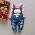 Bebés Que Arropan el sistema de Dibujos Animados Cuadros Overol de Mezclilla + de Manga larga T-shirt de Moda Para Bebés Niños y niñas Ropa de Bebé Recién Nacido ropa