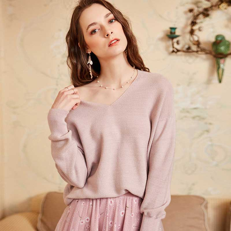 ARTKA 2018 Autumn New Women Solid Pullovers V neck Full Sleeve All match Sweater YB10781Q