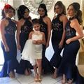 Azul Marinho elegante Longo Sereia Vestidos Dama de honra 2017 Gola Alta As Costas Abertas Ruffles Saia Vestido de Festa de Casamento Personalizado