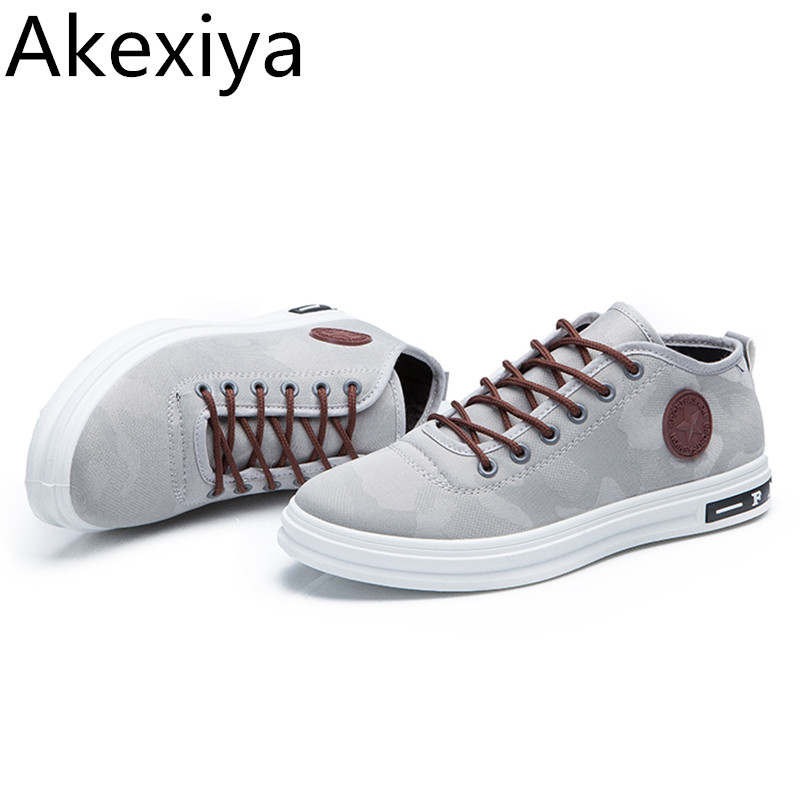 Akexiya Four Seasons Youth Camouflage Canvas Shoes Men Casual Shoes Lace Up Outdoor Light Breathable Flats Men Zapatos De Hombre