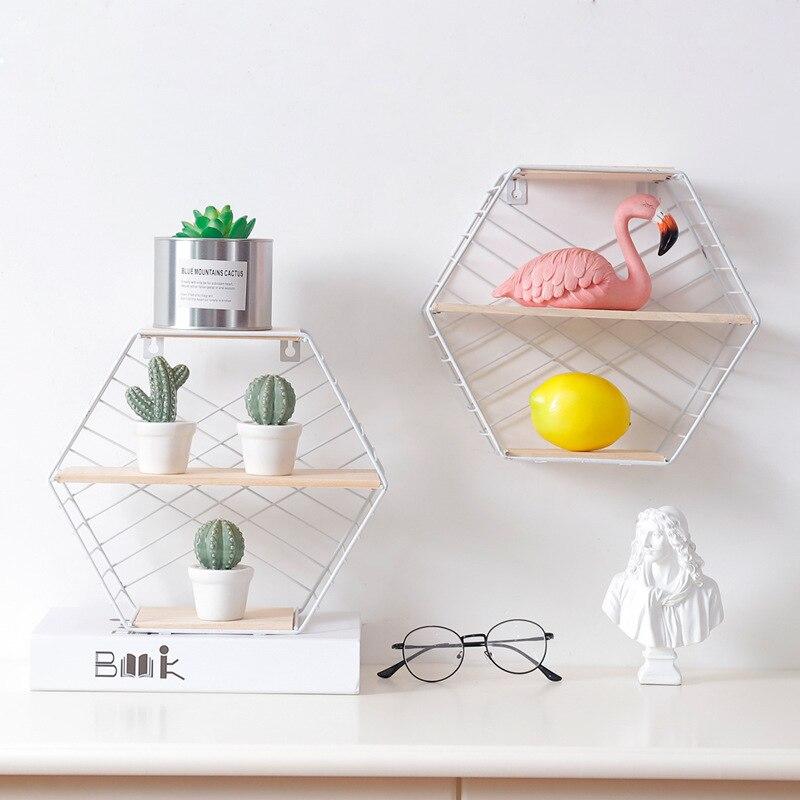 Estante nórdico creativo Ins montado en la pared para sala de estar, decoración para colgar en la pared, diseño hexagonal de alambre de Metal, estante de almacenamiento