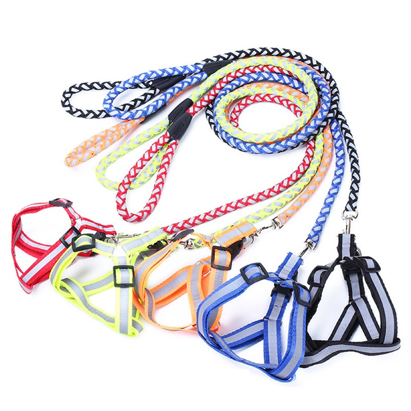 Leash chrome Nylon material Weaving Metal fittings Fluorescent coating Good elasticity Chest strap Pet products Reflective