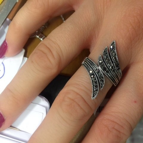 Vintage Retro Wing Unqiue Ring