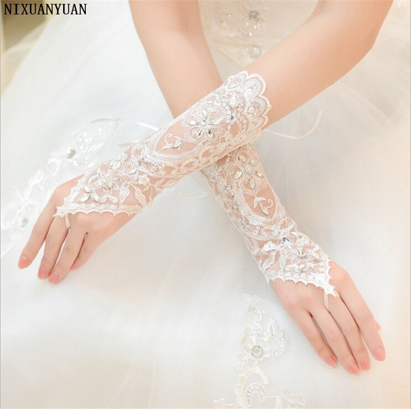 Cheap In Stock White Ivory Rhinestone Short Bride Fingerless Lace Wedding Gloves Bridal Gloves Wedding Accessories
