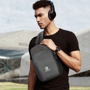 Image 2 - OZUKO תכליתי חבילת חזה גברים אופנה כתף Crossbody תיק זכר מים עמיד שקיות חזה USB טעינת נסיעות קלע תיק