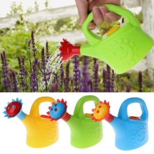 1Pcs Cute Cartoon Home Garden Watering Can Spray Bottle Sprinkler Kids Children Beach Bath Toy Gift For Boys And Girls