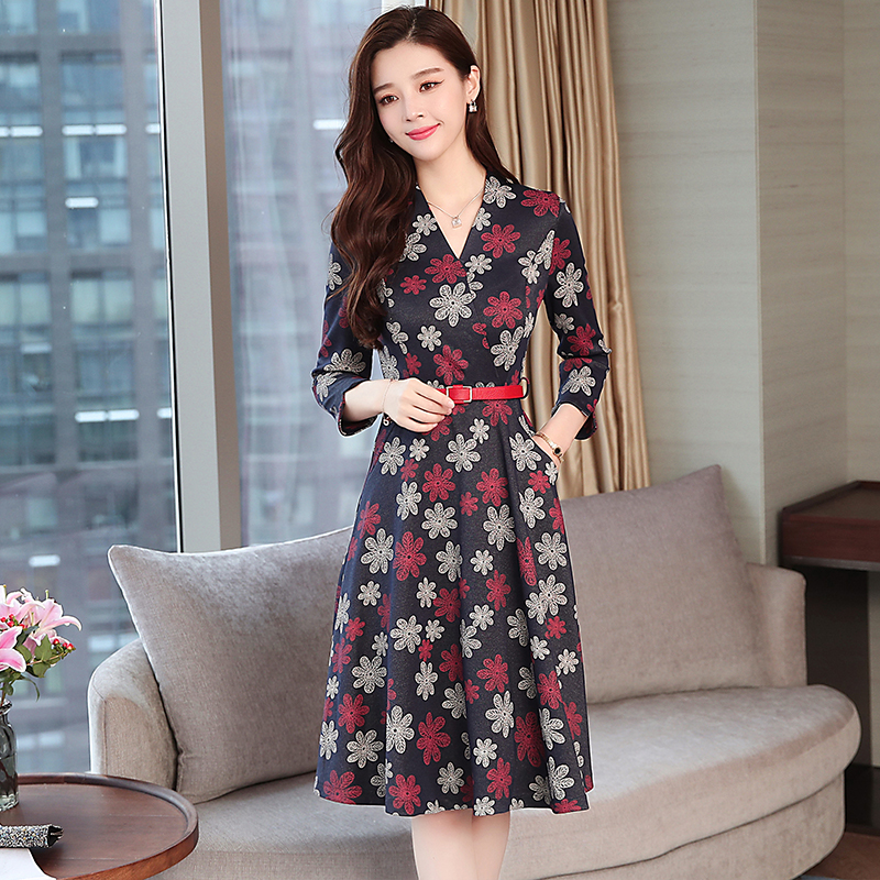 2018 New Autumn Vintage Women dress Knitting Without Any Dresses Red Green 6001