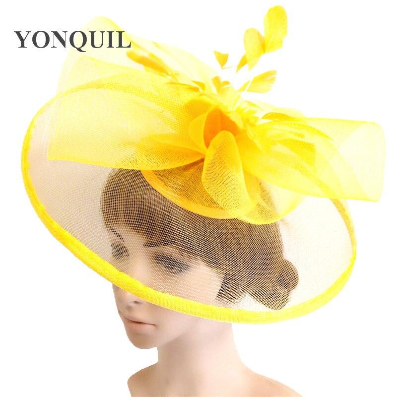 Más colores pluma flor sombreros en clip de pelo diadema de novia de ... e9a2acd1556d