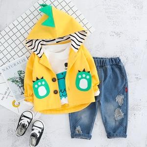 Image 4 - Kind Baby Jungen Kleidung Sets Cartoon Mantel 3PCS Mode Kleinkind Mädchen Baby Anzug für Jungen Mantel + t shirt + hosen 1   4 Y