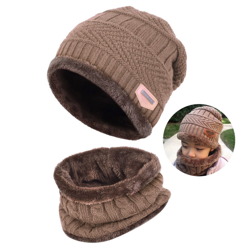 Warm Knitted Hat and Circle Scarf (10)