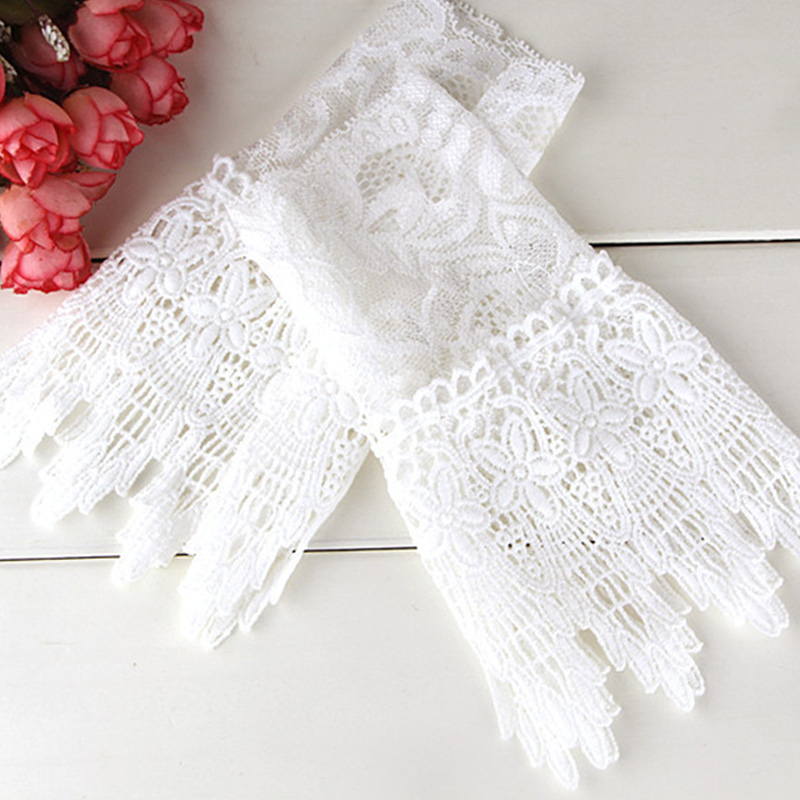 1 Pair Lace Wrist Sleeves Hollow Fake Cuff Elegant Gloves Accessories For Women Lady Guantes Mujer Wholesale